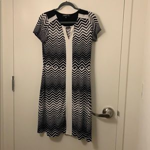 Very flattering business casual dress